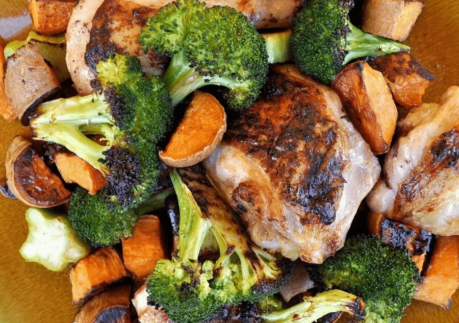 roasted chicken with sweet potatoes and broccoli