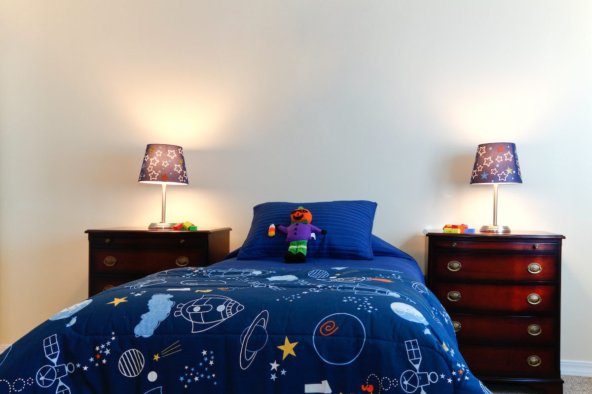 Should I move out of my parents house? A childs bedroom