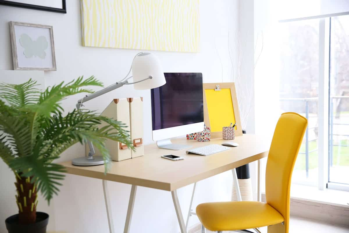 clean home office desk