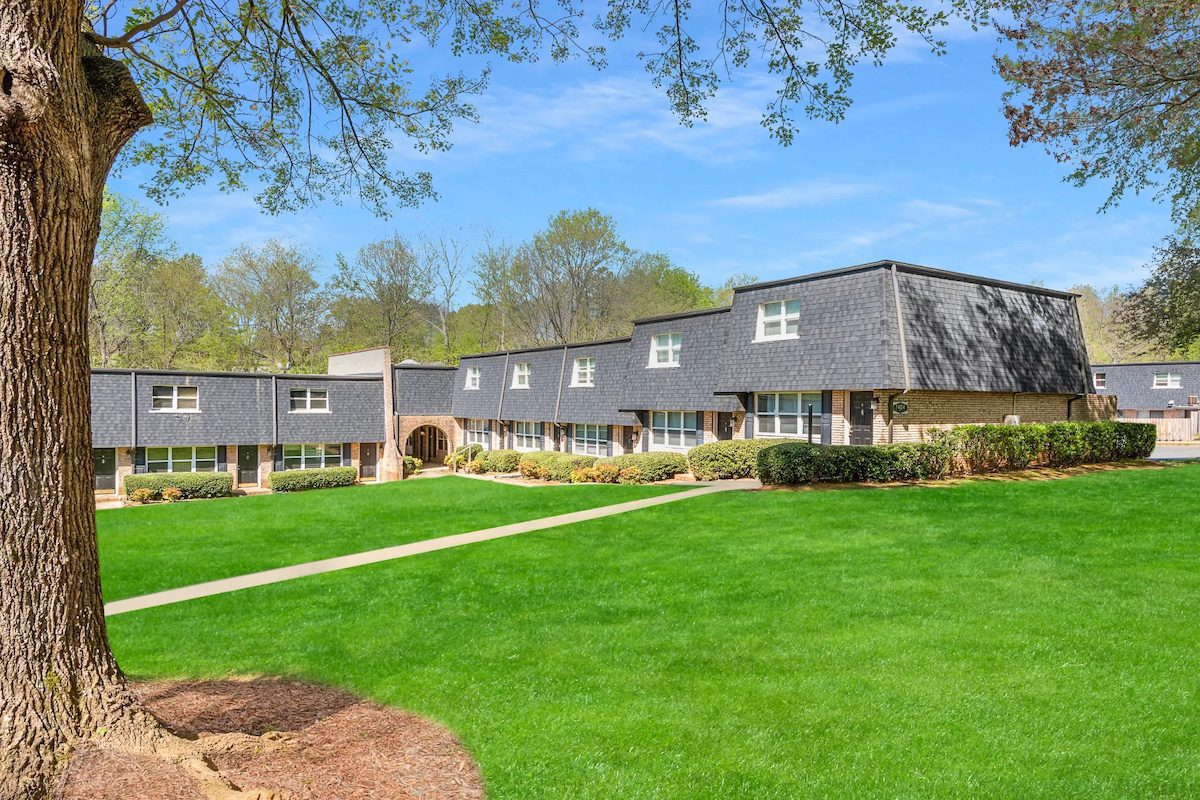 Crown Point Townhomes Charlotte NC